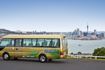 Excursión a la ciudad de Auckland y Viñedos de Kumeu