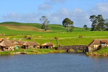 Small-Group Tour: The Lord of the Rings Hobbiton Movie Set Tour from...