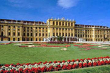 Wenen: bezoek aan de oude stadskern en paleis Schönbrunn.