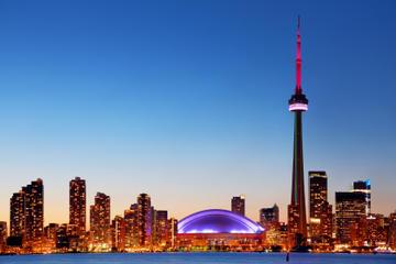 Crociera serale nel porto interno di Toronto