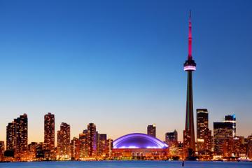 Crucero nocturno por el puerto interior de Toronto