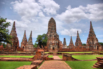 Full-Day Floating Market and Ayutthaya Temples Tour from Bangkok