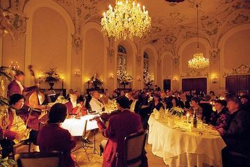 Diner met Mozartconcert in de Stiftskeller in Salzburg