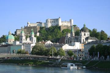Excursão pela cidade de Salzburgo, incluindo cruzeiro turístico pelo...