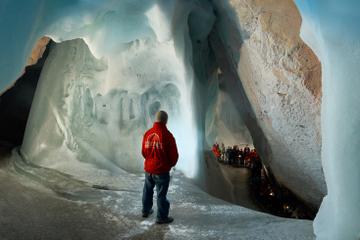 Visite privée : aventure dans les grottes de glace Werfen au départ...