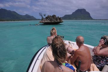 Guided Snorkeling Tour in Le Morne