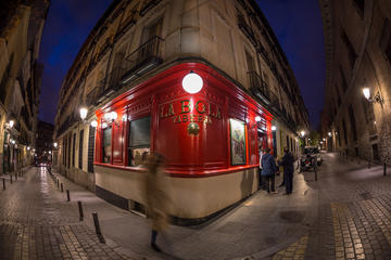 Craft-Beer and Tapas Tour in Madrid