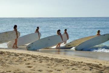 Cours à l'école de surf de Maui