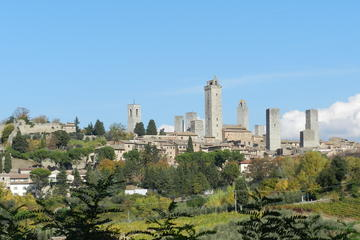 Private Walking Tour: San Gimignano ...