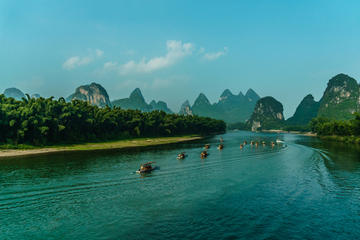 One-day Private Tour with Li River Cruise from Guilin Downtown and...