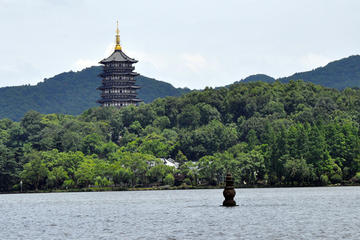 Private Hangzhou Day Tour with West Lake and Lingyin Temple