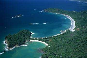 Full day Hiking Manuel Antonio and watching wild life at nature from San Jose