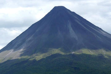 Full day with canopy horse back riding and cultural Arenal visit from San Jose