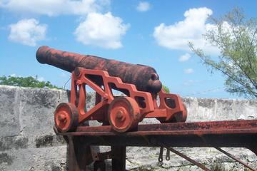 Bahamas Medieval Fort Tour