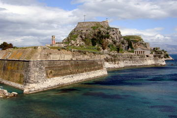 Private Tour: Corfu Town and Achillion Palace Tour