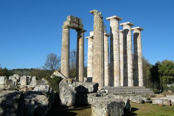 Small-Group Cultural Nemea Day Trip including Lunch and Wine Tasting