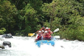 5-Hours Savegre River Rafting class III from Manuel Antonio