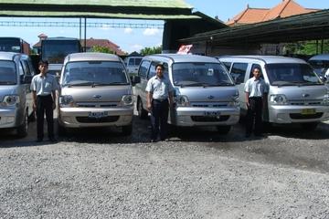 Privater Transfer bei der Abreise: Hotel zum Flughafen Bali