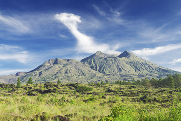 Tour di una giornata a Bali: vulcano Kintamani, Ubud e danze Barong