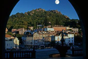 Private Full Day Tour of Sintra and...