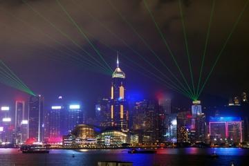 Crucero nocturno 'Sinfonía de Luces' por un puerto de Hong Kong
