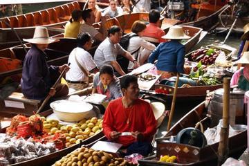 Excursión privada: excursión de un día a los mercados flotantes y...