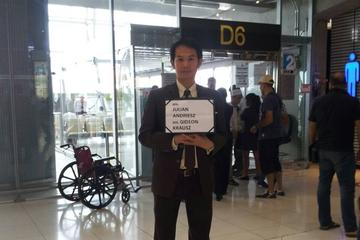 Guided Arrival Fast-Track Service: Bangkok Suvarnabhumi Airport