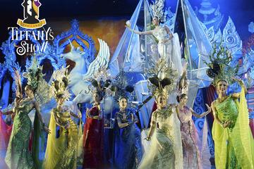 Spectacle de cabaret au Tiffany's Show, Pattaya