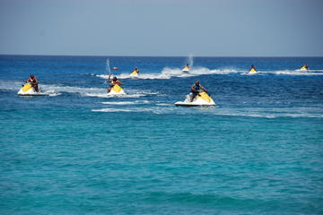 7-Mile Beach WaveRunner and Snorkel Experience