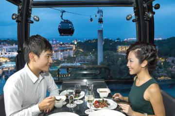 Sky Dining privé dans le téléphérique de Singapour