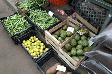 Sunday Market Half-Day 4x4...