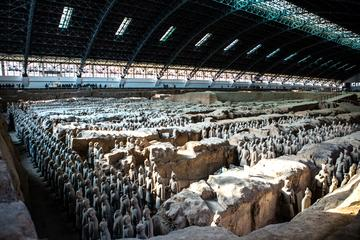 Private 2-Day Tour Combo Package of Xi'an With One-Way High-Speed Train Ticket to Shanghai
