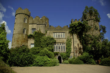24-Hour Dublin Hop On-Off 3 Routes and Malahide Castle Combination...