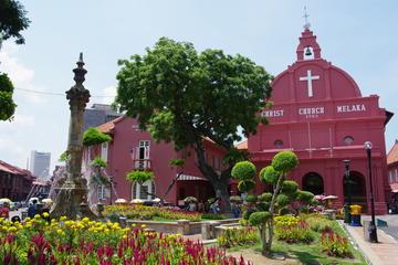 Excursão de dia inteiro para a histórica Malaca incluindo almoço...