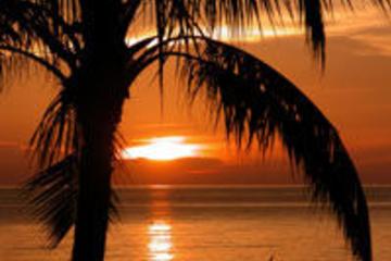 Langkawi Sonnenuntergang-Bootstour auf einer Luxusyacht, mit...