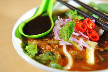 Private Tour: George Town Food Experience and Trishaw Ride