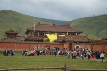 Overnight Amarbayasgalant Monastery Tour
