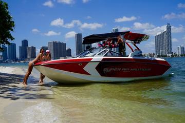 Bootsparty in der Bucht von Miami