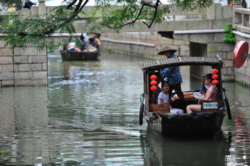 In-depth tour for Suzhou elements