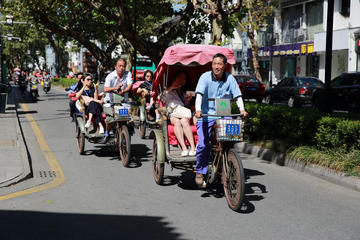 Suzhou Highlights - Rickshaw tour and visit local family