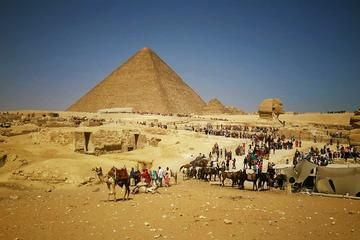 8 hour private  full-day  Egyptian museum Giza pyramids complex sphinx and traditional bazaars from Cairo Giza hotels