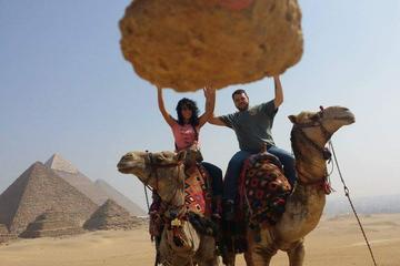 8-hours full-day Giza Pyramids Sphinx Memphis Sakkara Day tour