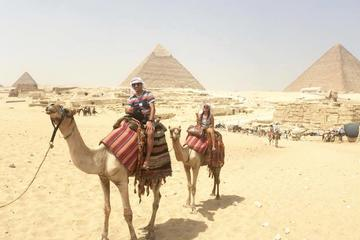 Cairo Giza Pyramids, Sakkara, and Memphis Private Full-Day Tour