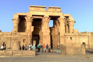 Luxor Edfu and Kom Ombo Temples Small-Group Day Trip