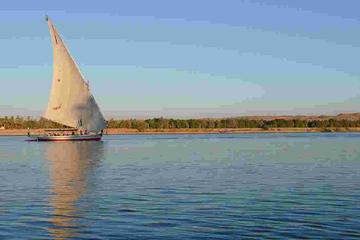 one hour felucca in Cairo on Nile river then lunch in traditional...