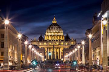 Aftentur i Vatikanet med middag på...