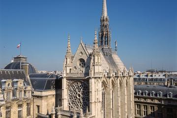 Notre Dame and Ile de la Cité Tour with Skip the Line Visit of Sainte-Chapelle Combo Tour