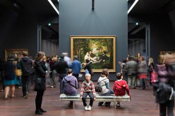 Small-Group Paris Impressionist Art Tour: Musée d'Orsay with Skip-the-Line Entrance and Montmartre Walking Tour