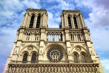 Snabbinträde: halvdagstur till fots till Notre Dame-katedralen ...