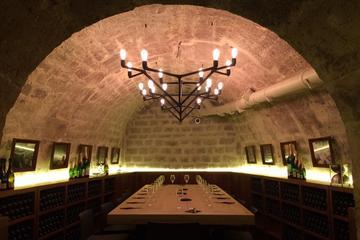Zonder wachtrij: Tour van de wijnkelder en langs meesterwerken in het ...
